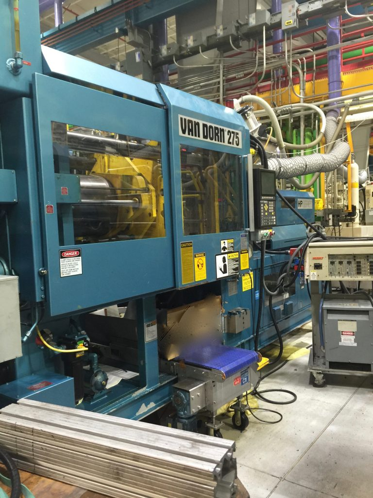 van dorn model  rs  cv  ton injection molding machine international packaging company