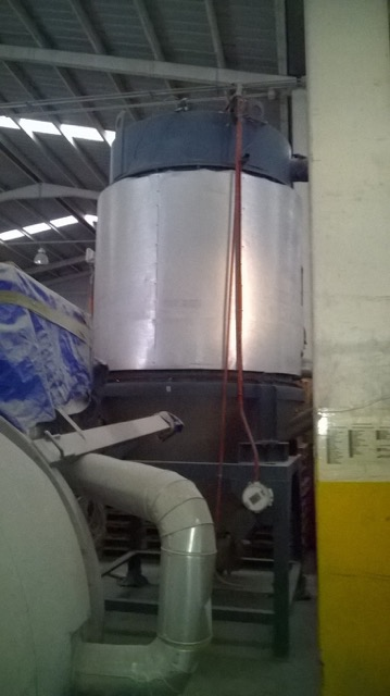 Aec Model Wd 1250 Rt Material Dryer And Hopper