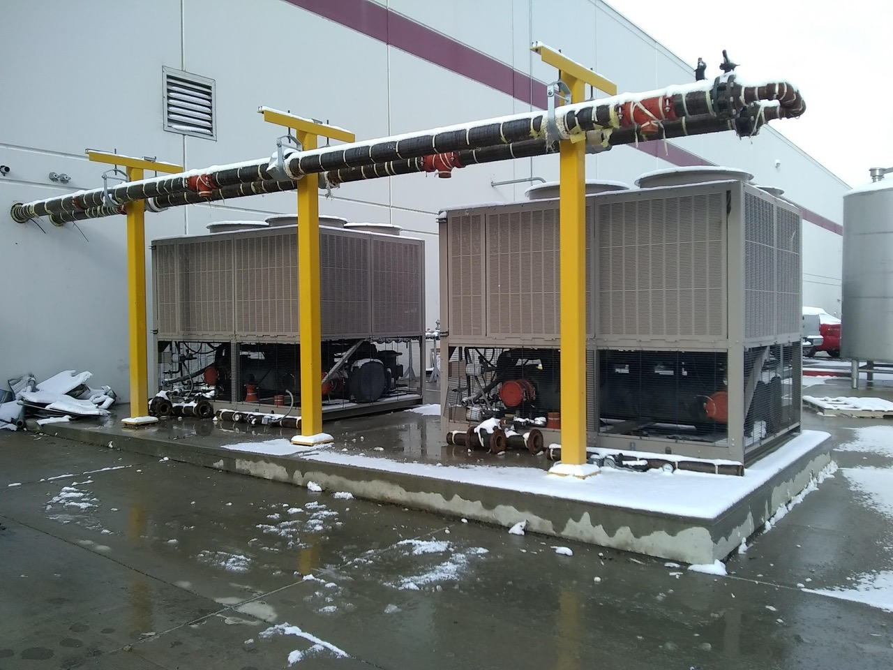 York Model YLAA0090 (90) Ton Air Cooled Chiller