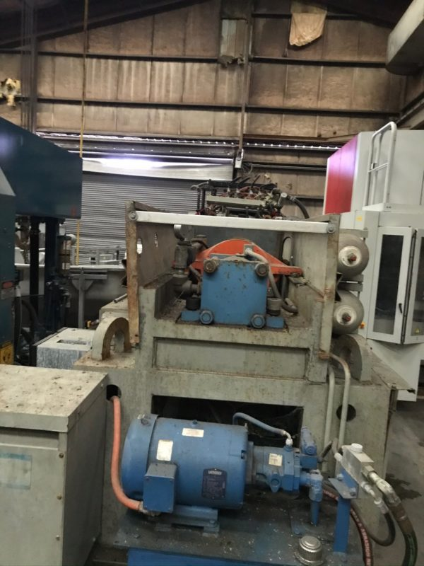 Uniloy Model 350 R2 (4) Head Reciprocating Screw Blow Molding Machine