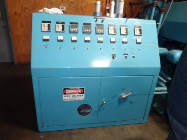 Graham Model C900 (9) Station Wheel Blow Molding Machine
