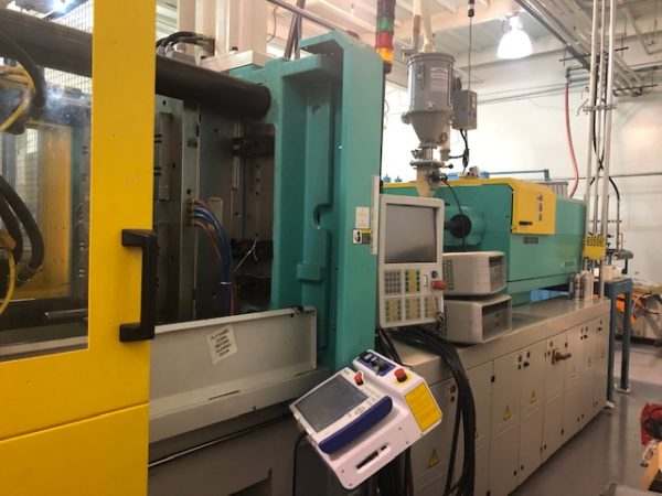 Arburg Allrounder Model 720 A 350 Ton Injection Molding Machine