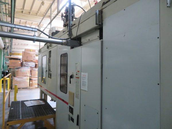 2000 Milacron Model E-90-S-8 Single 8 Pound Accumulator Head Blow Molding Machine