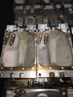 Uniloy Molds to Make Gallon Milk Jugs